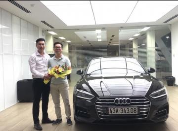 Lễ bàn giao xe Audi cho anh Hiệp - Doanh nhân